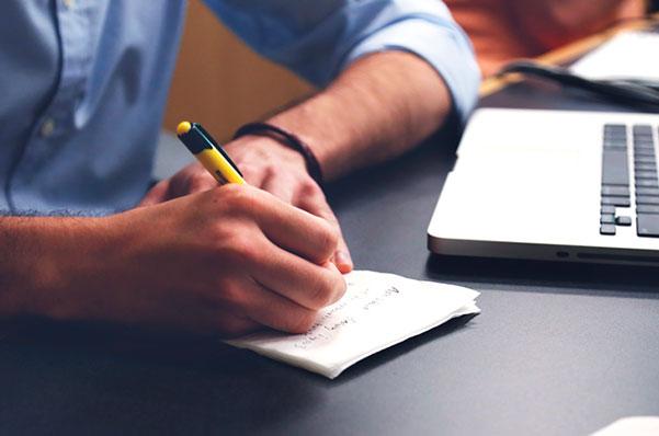 Marketing-ventas-y-operaciones-en-el-plan-de-negocios